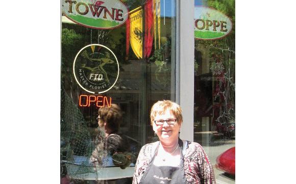 Lou's Towne Shoppe and Florist