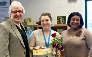 Edward Jones contributes to Oaks Road Elementary