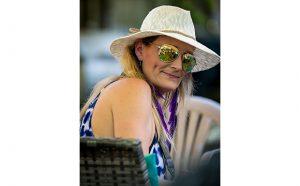 Entertainment Writer Tracey Stones